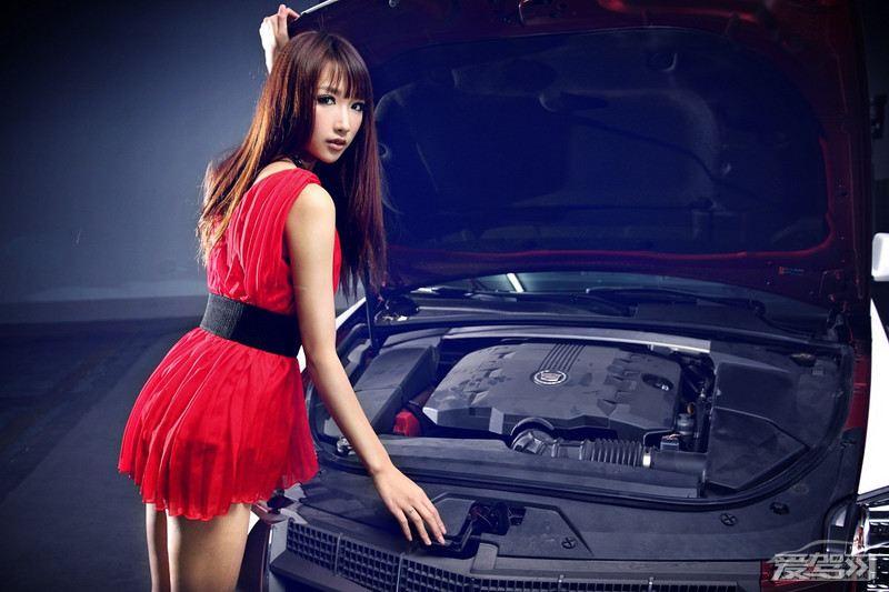 红衣美女妩媚写真 车模荟萃